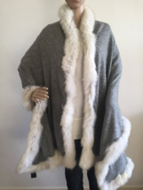 Pure Cashmere Cape with Fox Fur trim - Mid Grey with ivory fur - RRP GBP... - $196.71