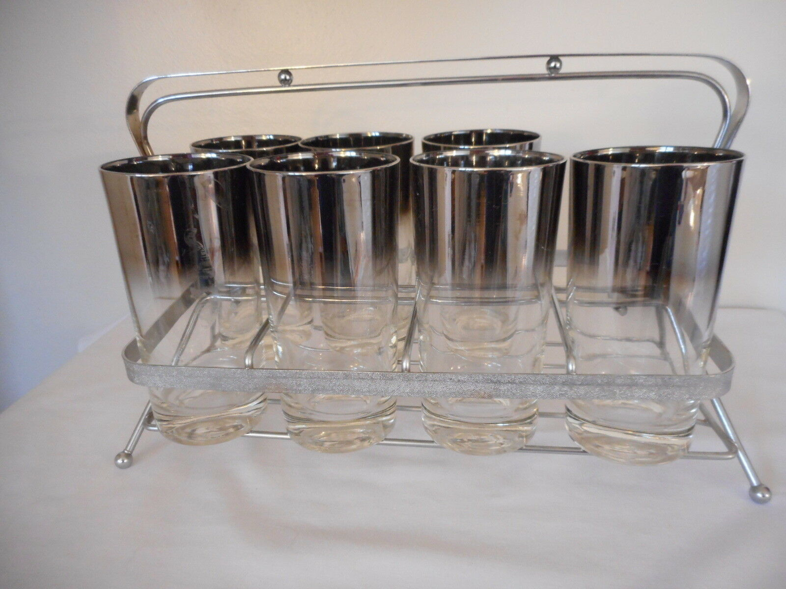 Mid Century Modern MCM Dorothy Thorpe Style Silver Set Of 7 glasses w/ Carrier