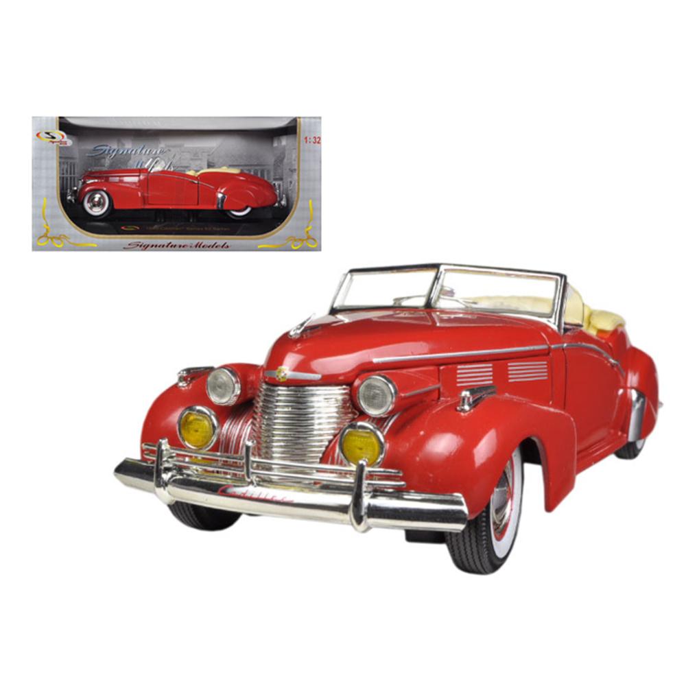 1940 Cadillac Sedan Series 62 Red 1/32 Diecast Car Model by Signature Models 323