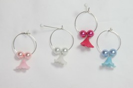 Wine Glass Charms (new) (qty 4) MAGNOLIA BLOSSOMS - #1 - PINK, BLUE, RED... - $6.22