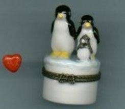 THREE PENGUINS HINGED BOX - £8.48 GBP