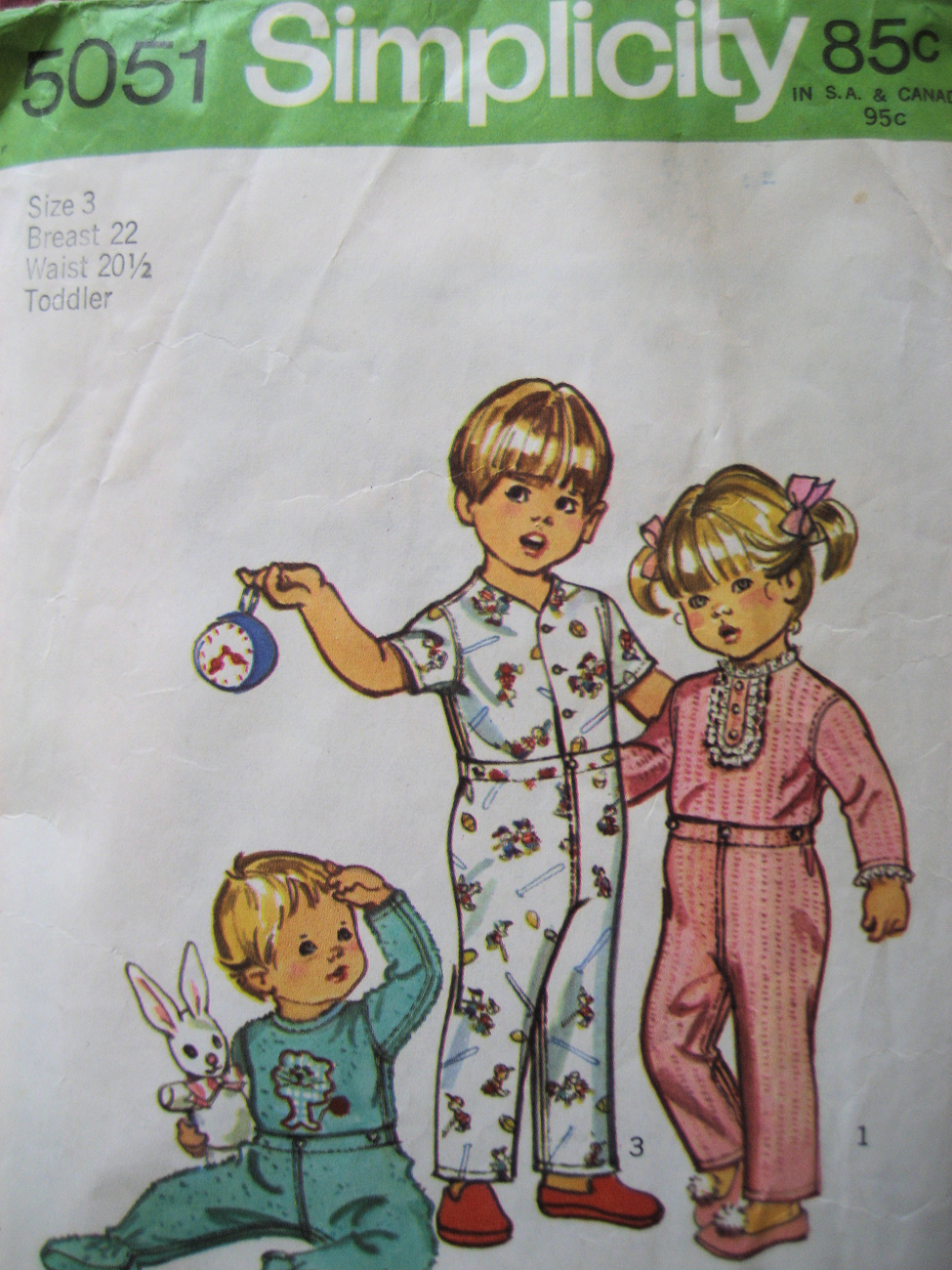 Simplicity 5051 Snap Pajamas Vintage 1970s Sewing Pattern Toddler Size 3  PJs Simplicity New Look