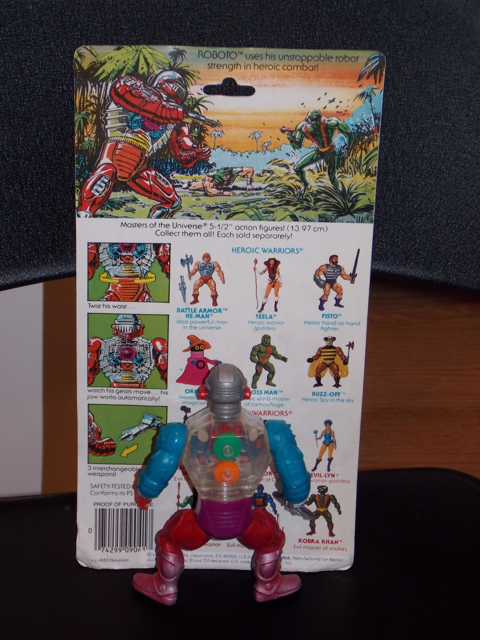 Vintage 1984 Masters Of The Universe Roboto Figure With Cardback