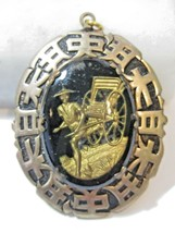 GLASS WITH ENCASED DESIGN ORIENTAL CHINESE PENDANT MAN WITH RICKSHAW VIN... - $12.00