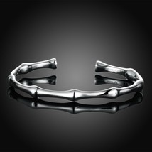 Vintage Sterling Silver Bamboo Detail Hinge Bangle Bracelet - $9.79