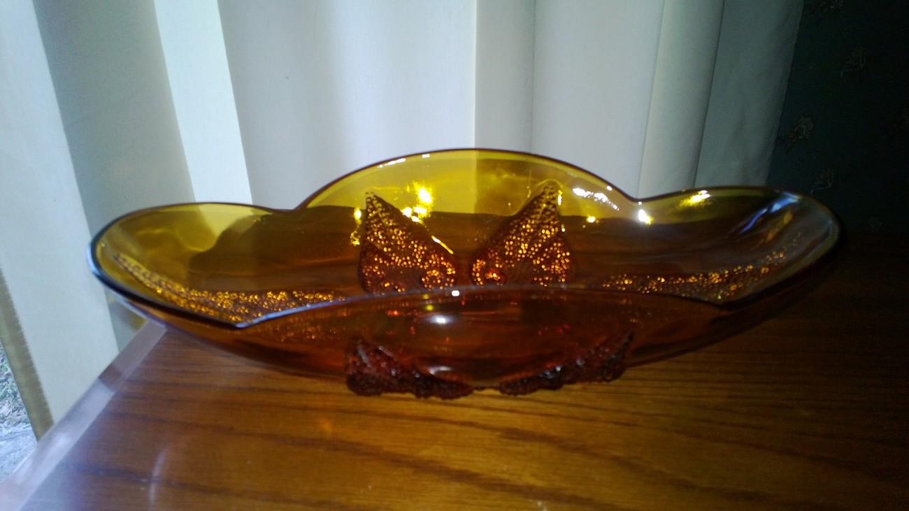 Amber Glass Raised Leaf Oblong Candy/ Relish Dish