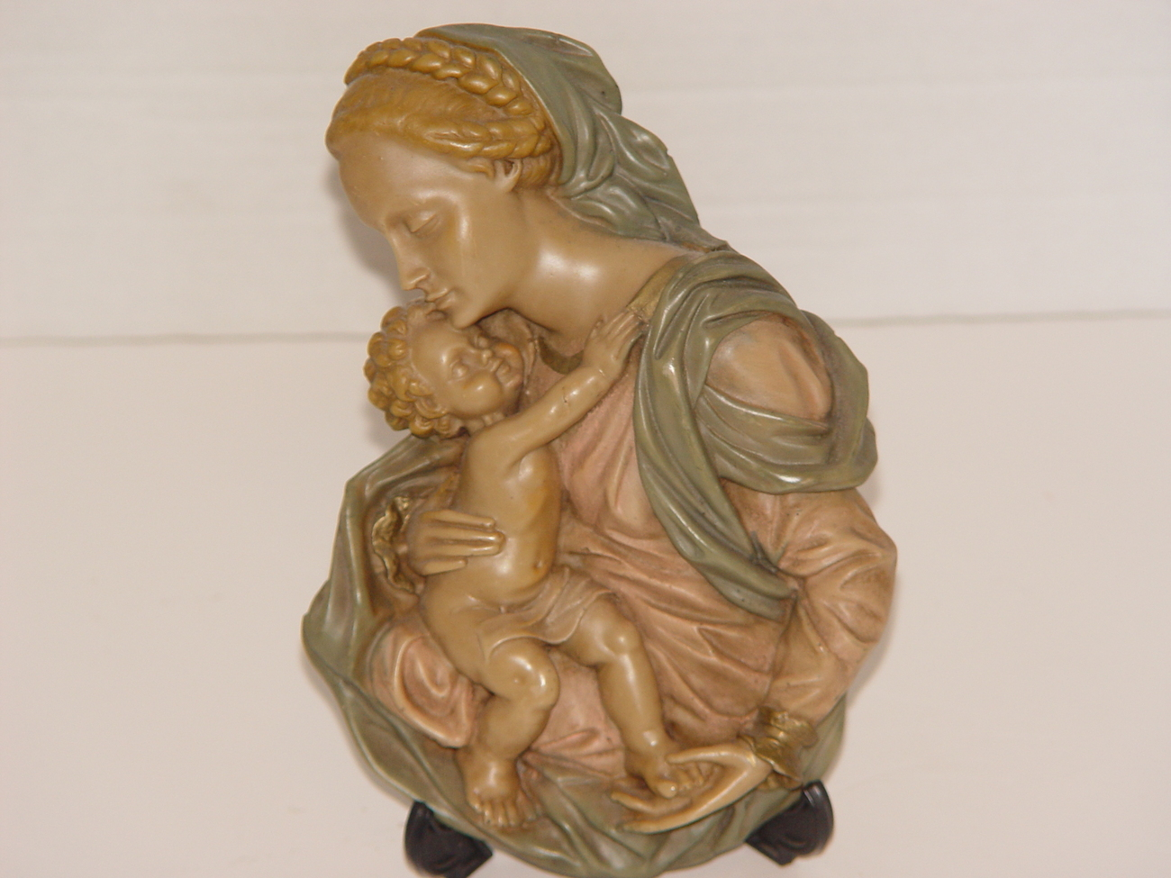 Made in Italy; Mesmerizing Wall Plaque of Madonna and Child