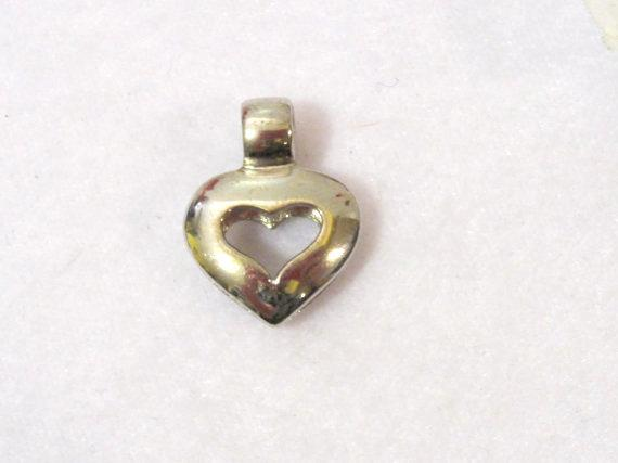 Lovely sterling silver 925 Heart pendant