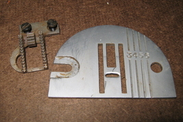 Singer Stylist Throat Plate #102468 & Feed Dog Used Working Repair Parts - $10.00
