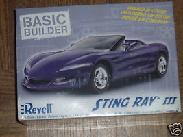 NEW REVELL 0851 STING RAY III 1/25TH  SCALE MODEL- W56 - $11.43