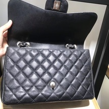 AUTHENTIC CHANEL BLACK CAVIAR QUILTED JUMBO CLASSIC FLAP BAG SILVER HARDWARE image 5