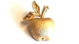 Avon small Gold Tone Apple Vintage Signed Pin - $16.90