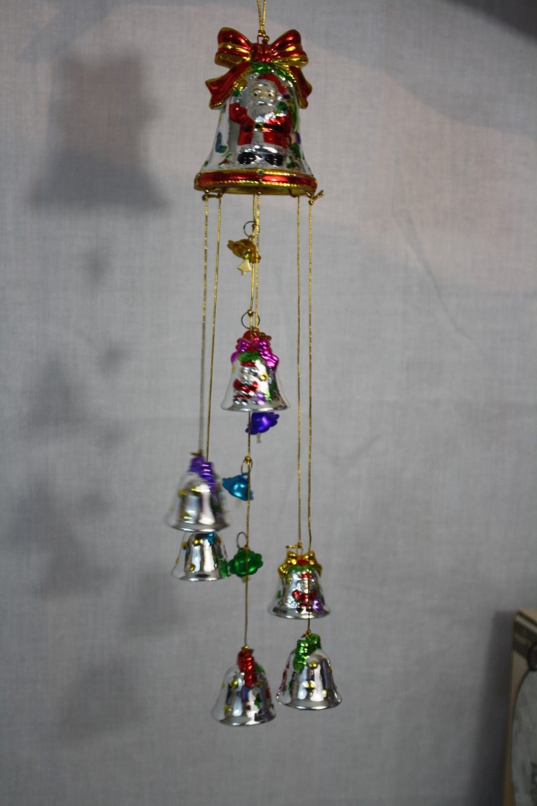 Avon Shimmering Bell Ornament with Chimes 1998