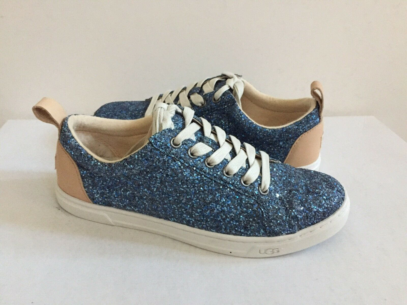 UGG KARINE CHUNKY GLITTER BLUE MULTI LACE UP SNEAKERS US 7 / EU 38 / UK 5.5 NIB