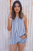 NWT $70 BB Dakota Mennie Printed Stripe Tank Top Shirt Optic White sz M - $24.94