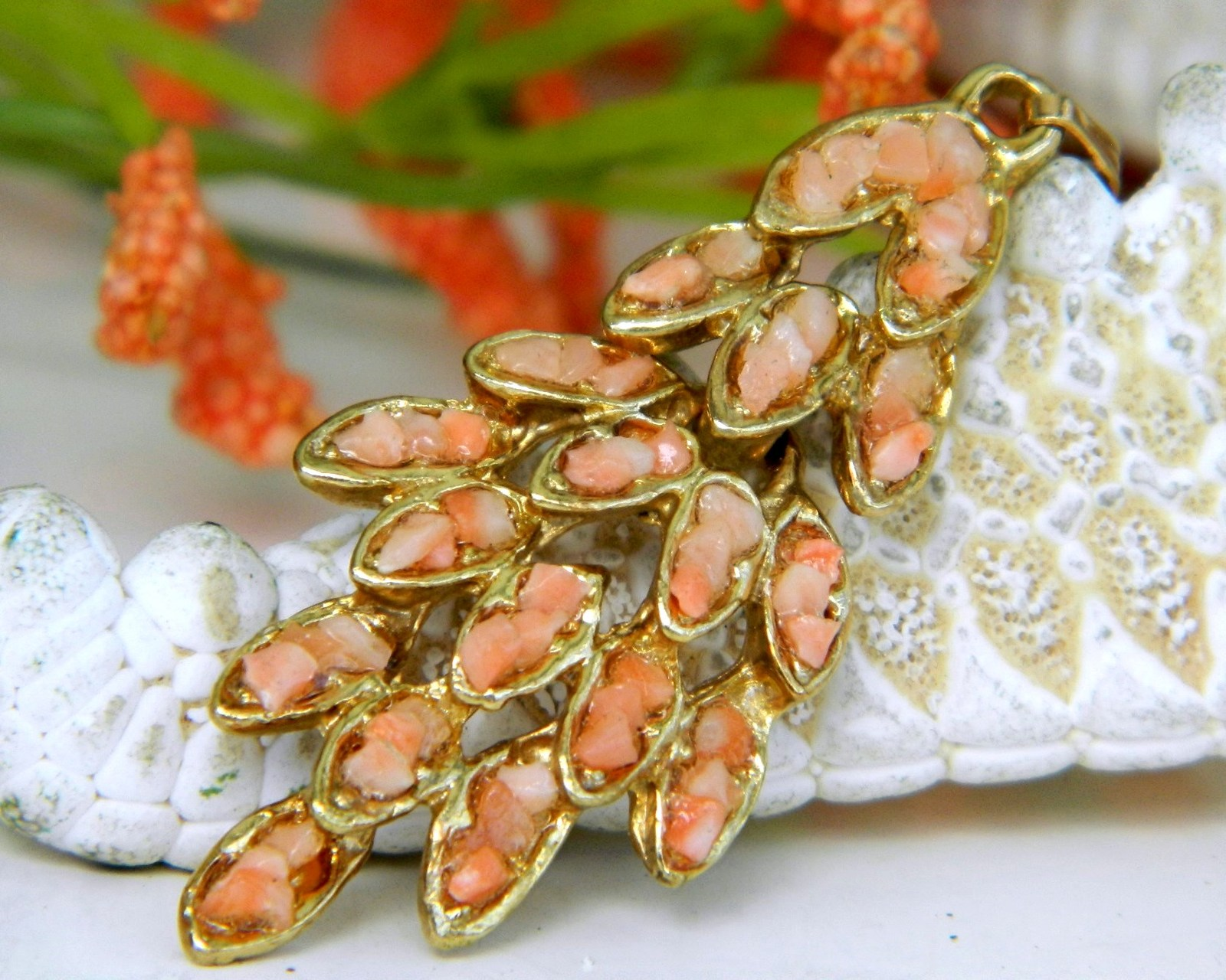 Primary image for Vintage Pink Coral Chips Nuggets Leaf Pendant Salmon Articulated