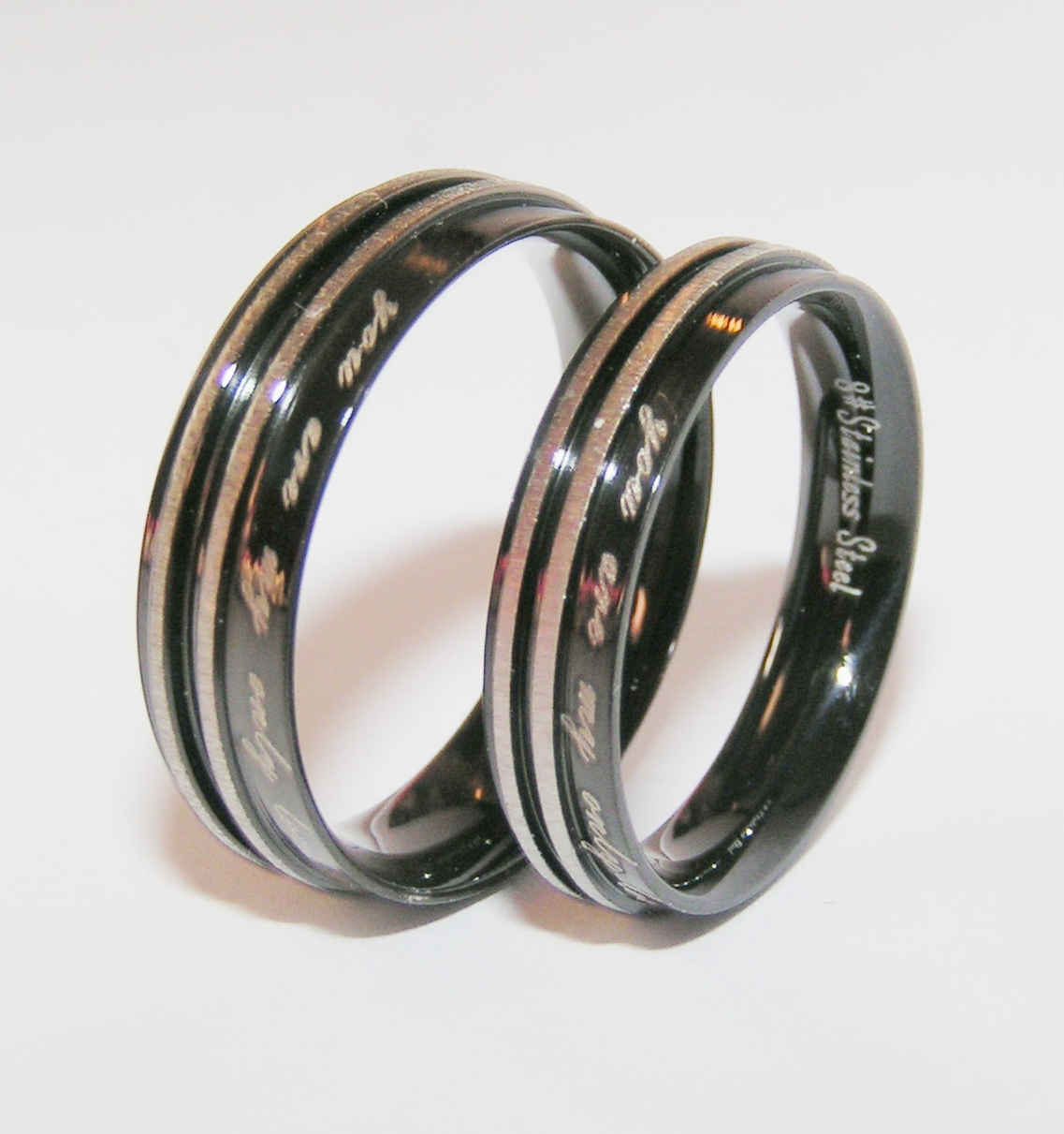 2pc Stainless Steel Matching Couples Ring Set Black/Silver Free Shipping