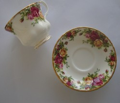 Royal Albert 1962 Bone China Old Country Roses Teacup and Saucer  - $23.71
