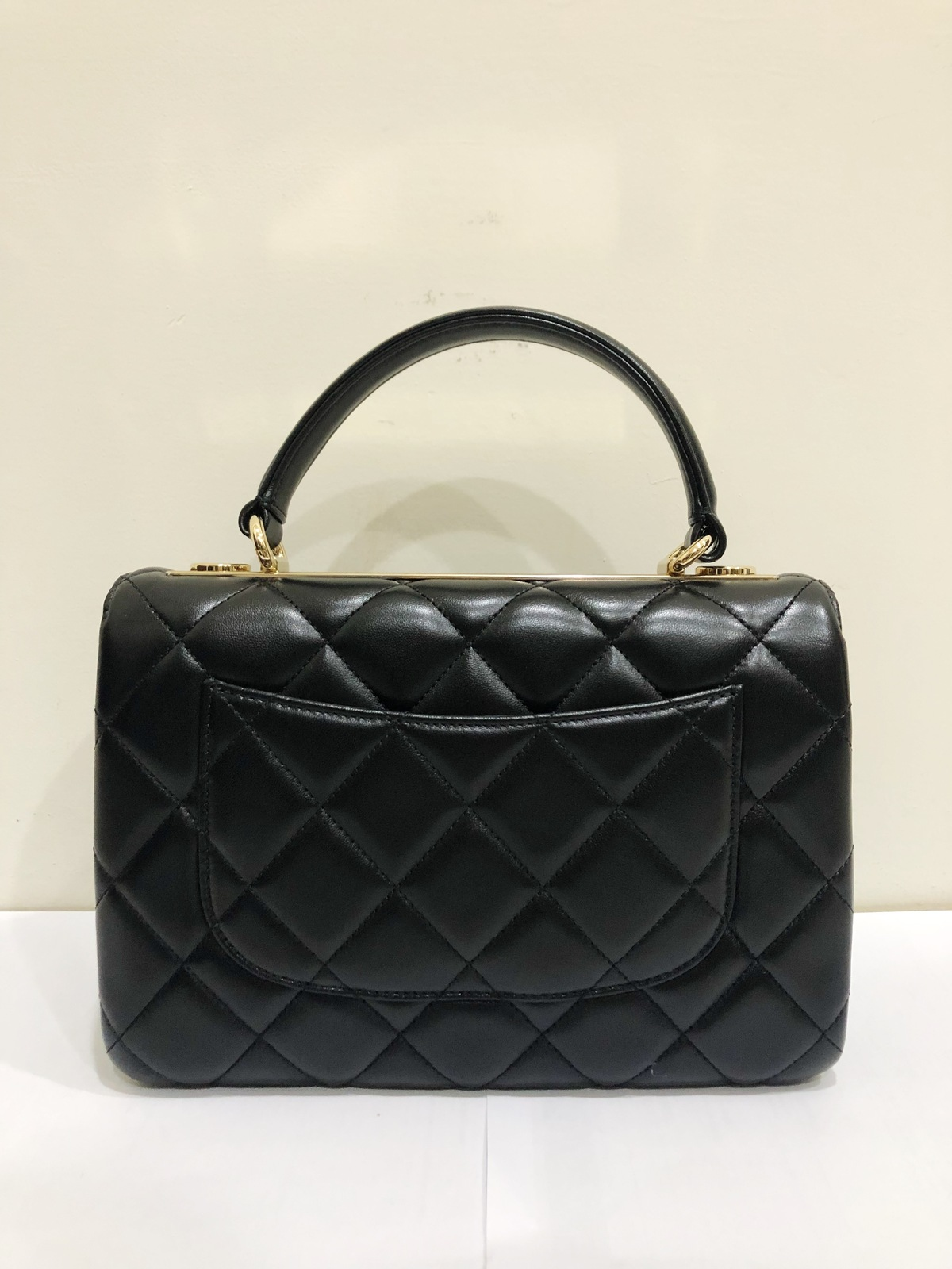 720fe7fe9344 AUTHENTIC CHANEL BLACK QUILTED LAMBSKIN TRENDY CC 2 WAY HANDLE FLAP ...