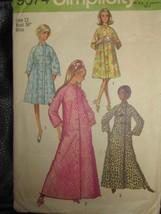 9074 Vintage Simplicity Robe w/Raglan Sleeves Pockets Button Front Sz 12 - $5.19