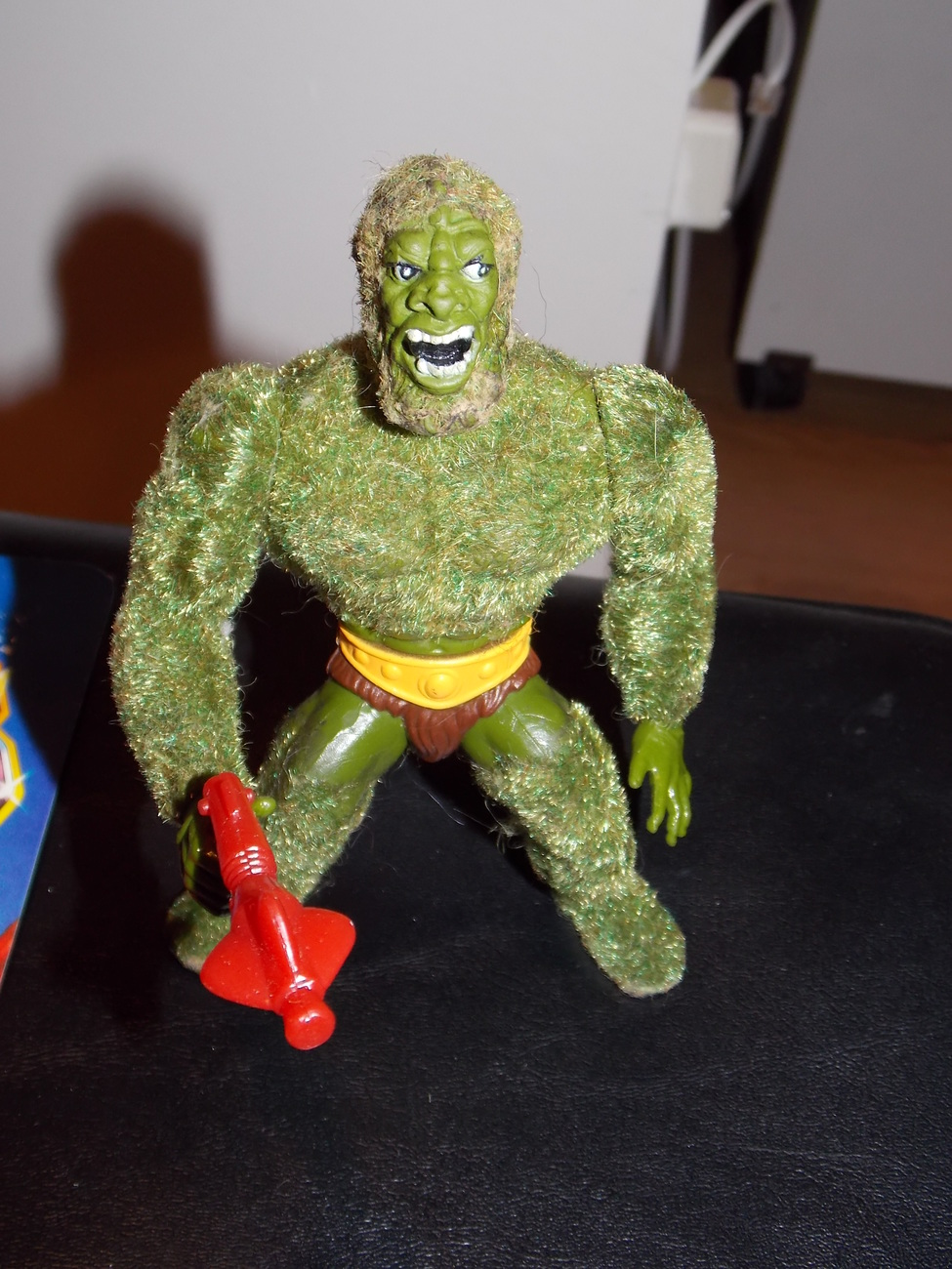 Vintage 1984 Masters Of The Universe Moss Man Figure With Gun and Cardback