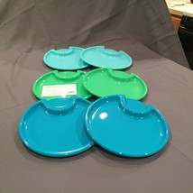 The Pampered Chef Outdoor Party Plates: Set of 6 Plastic Plates / Item 2823 - $9.99