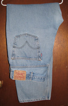 Men's Levi Strauss 550 Relaxed Fit Blue Jeans 42x34 (43.5x34)  - $18.99