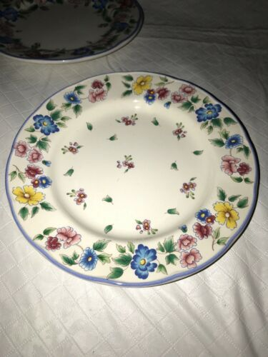 HAZELBURY by Laura Ashley, Small Side Bread and Butter Floral Plates (3) EUC image 4