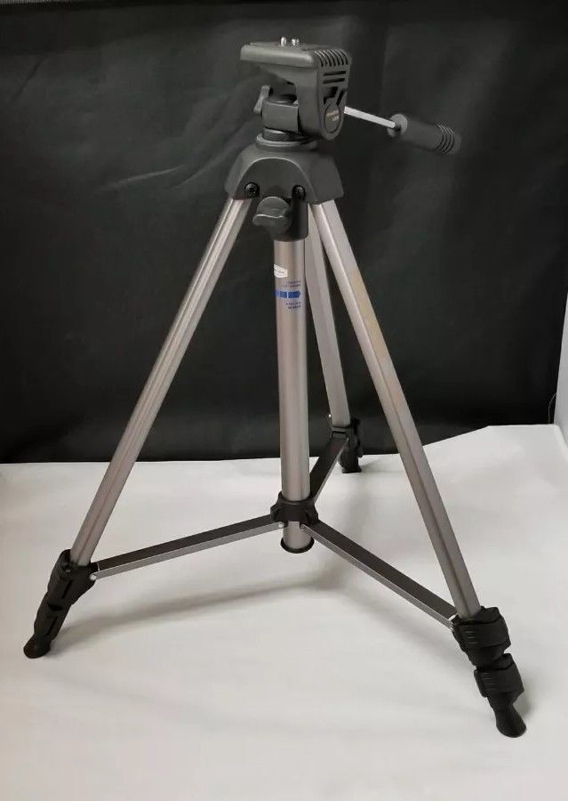Camera Tripod: Promaster 6000 Photo/Video 3243 Lightweight EUC IOB