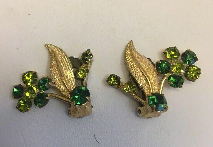 Vintage Austria Rhinestone Pin Brooch Clip Earring Set Green Flower Goldtone