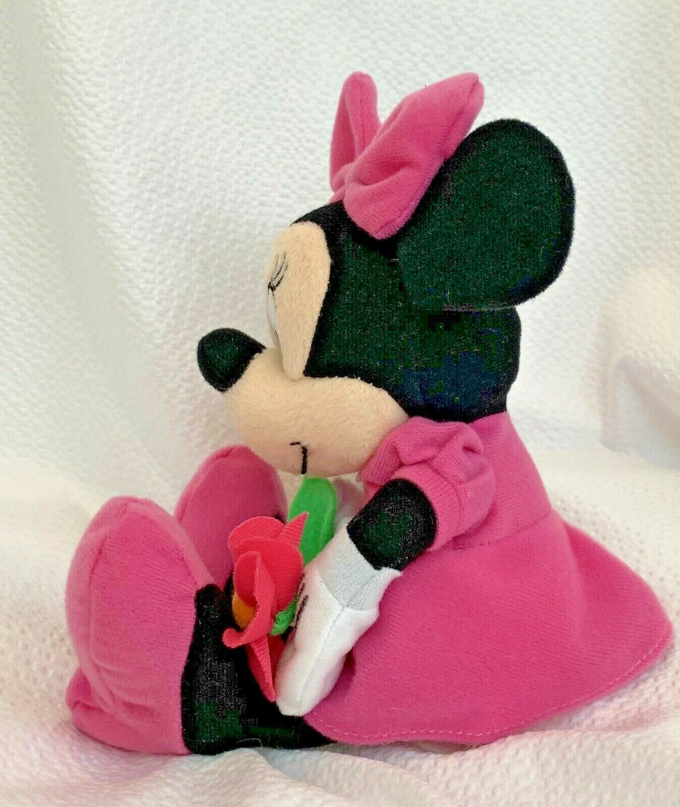 "Small Disney Minnie Mouse Holding Flower 10""Plush Just Play"