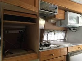 1998 Roadtrek 190 VERSATILE For Sale in Belleville, Michigan 48111 image 11