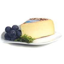 Saint Nectaire Laitier - 8 oz cut portion - $6.15