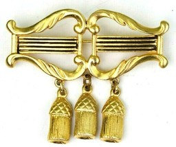Vintage Angel harp With Dangling Tassels Gold Tone Brooch Holiday Pin - $9.89