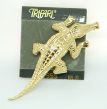 Trifari Vintage Crocodile Brooch Alligator Pin Golden Tone New Old Stock - $59.39