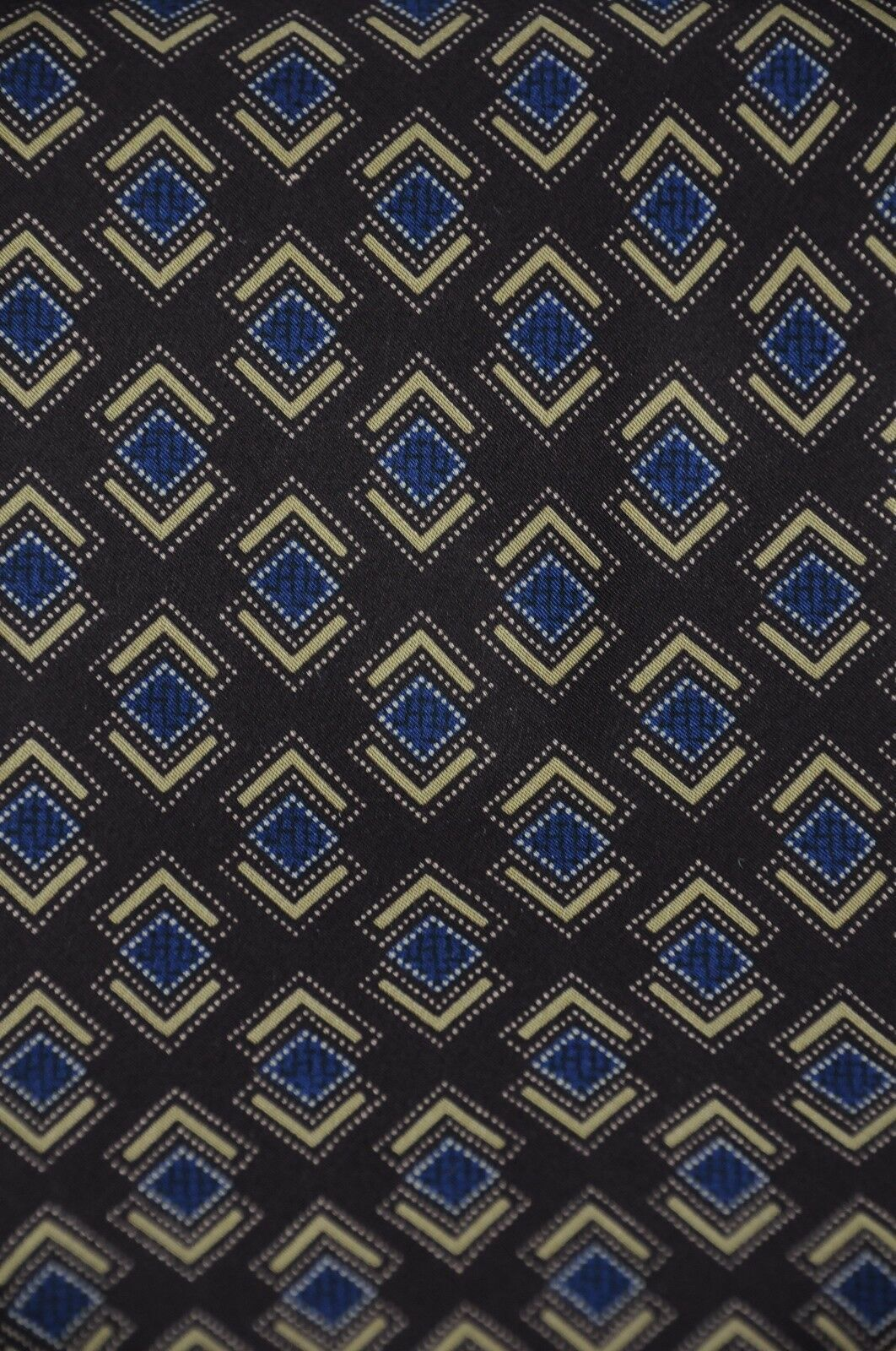Kenneth Cole Men's Tie Eggplant Blue & Gold Printed Silk Necktie 56 x 4 in. image 3