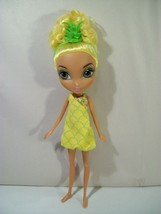 "LA DEE DA JUICY CRUSH SLOANE PINEAPPLE 10"" DOLL  - $14.65"