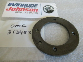 E114 Johnson Evinrude OMC 313453 Retainer Plate OEM New Factory Boat Parts - $40.27