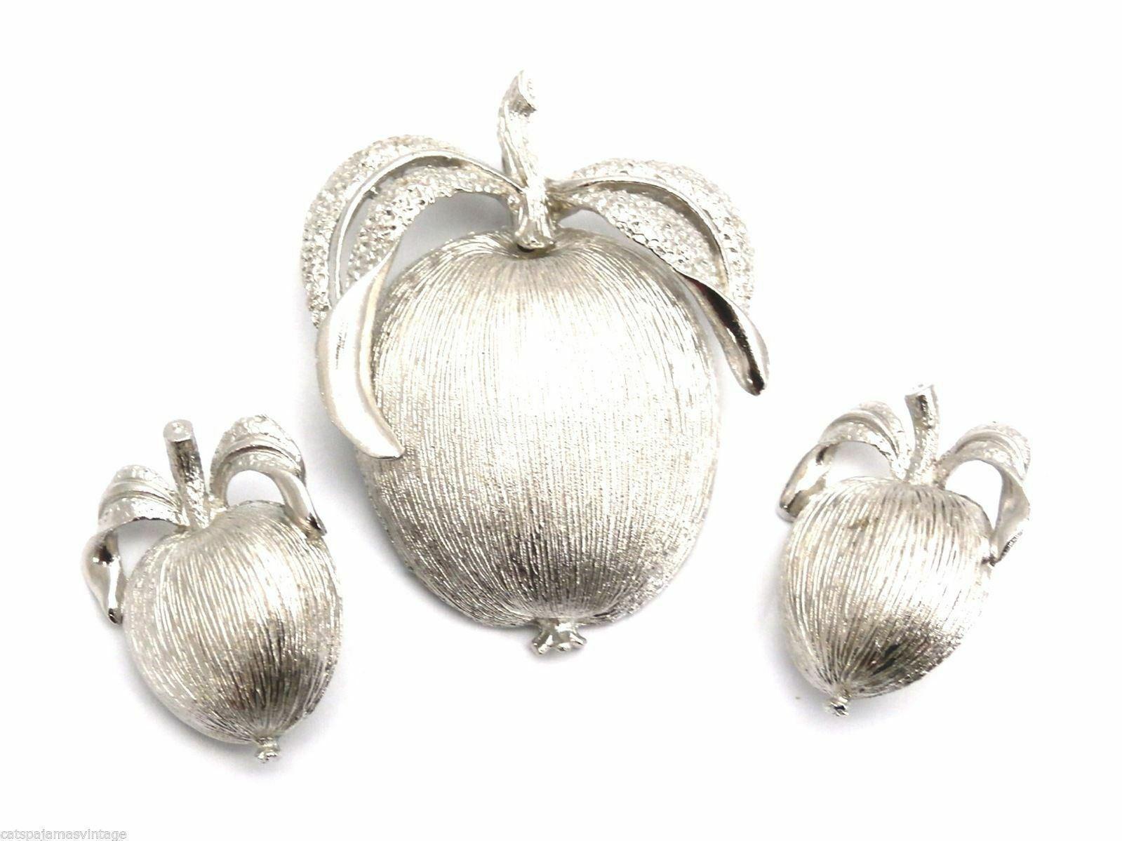 Signed Sarah Coventry Vintage Adams Delight Apple Brooch  Earrings - $42.49