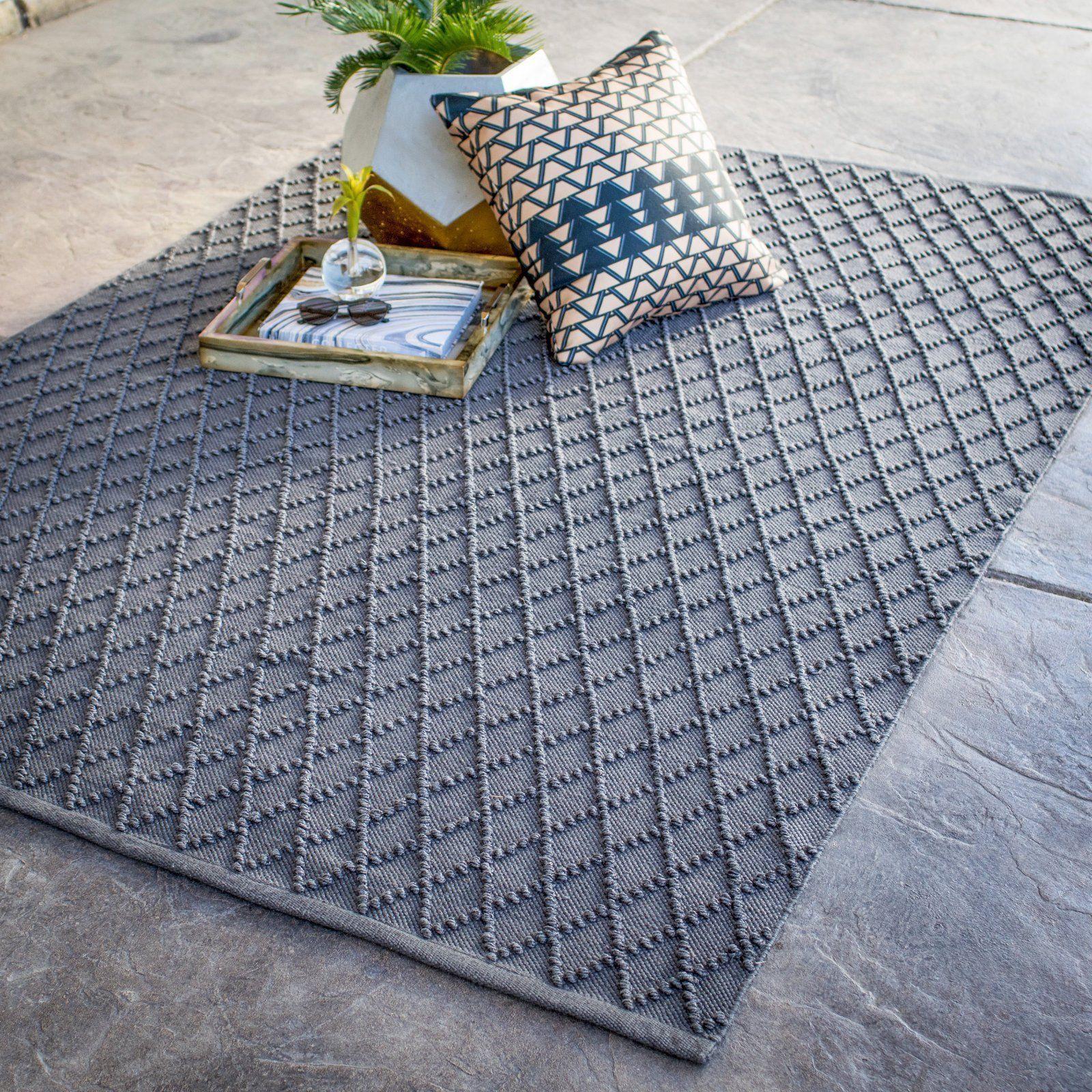 Outdoor Pool Area Rugs: Textured Diamond Modern Gray Outdoor Area Rug Pool Patio 3