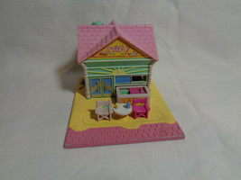 Vintage 1993 Bluebird Polly Pocket Beach Front Cafe Playset - $12.75