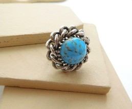 Vintage Howlite Turquoise Silver Tone Chain Design Statement Ring Size 6... - $4.94