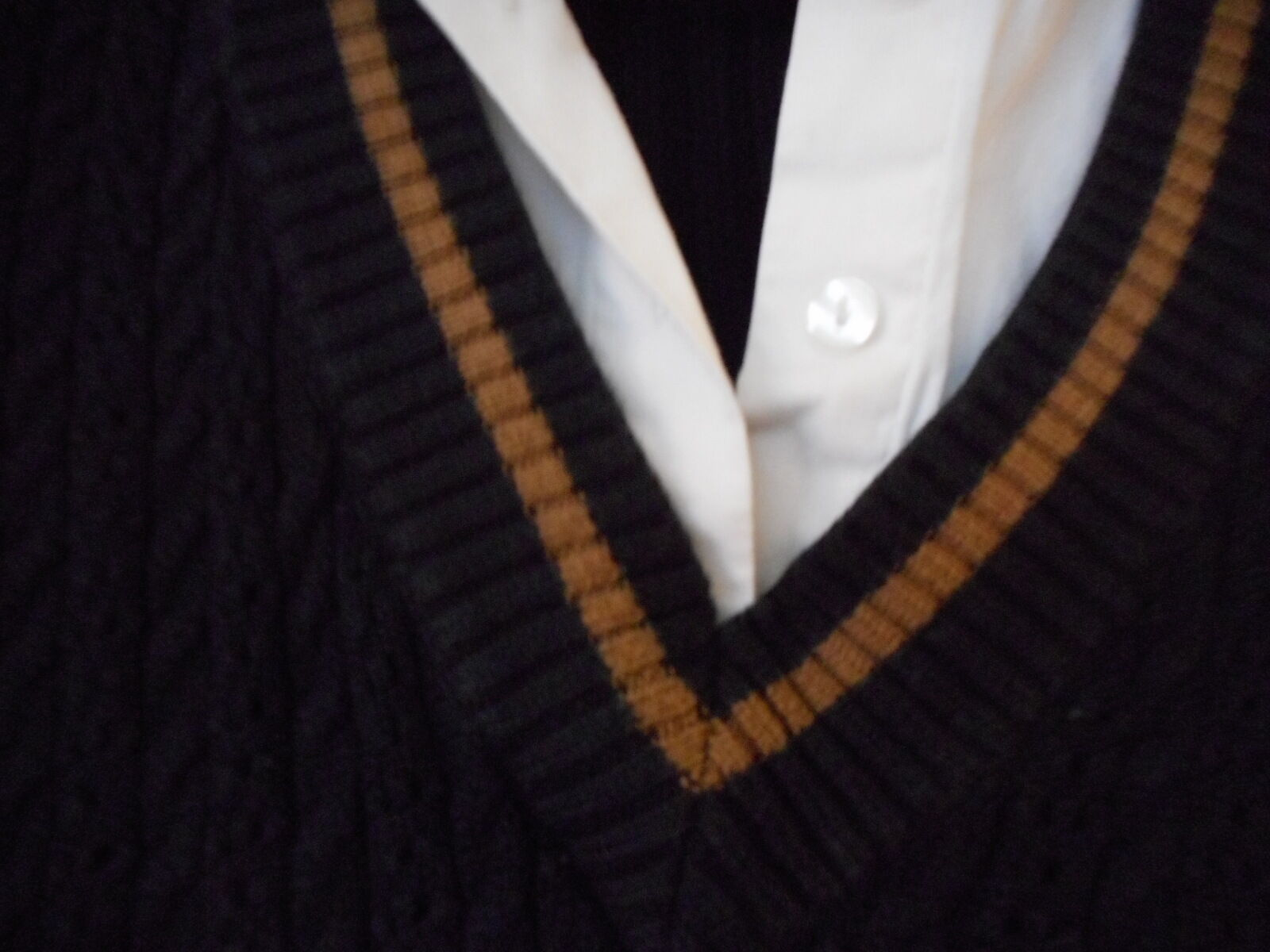B Moss Black Mock 2 fer Cable knit Sweater Size S with brown accent