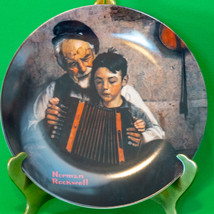 "1981 Knowles porcelain Norman Rockwell Collector Plate, ""The Music Maker"" - $2.95"