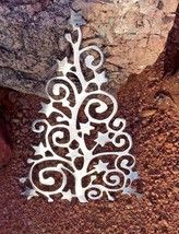 Swirly Ornamental Christmas Tree Metal Wall Art Decor--Silver - $19.79