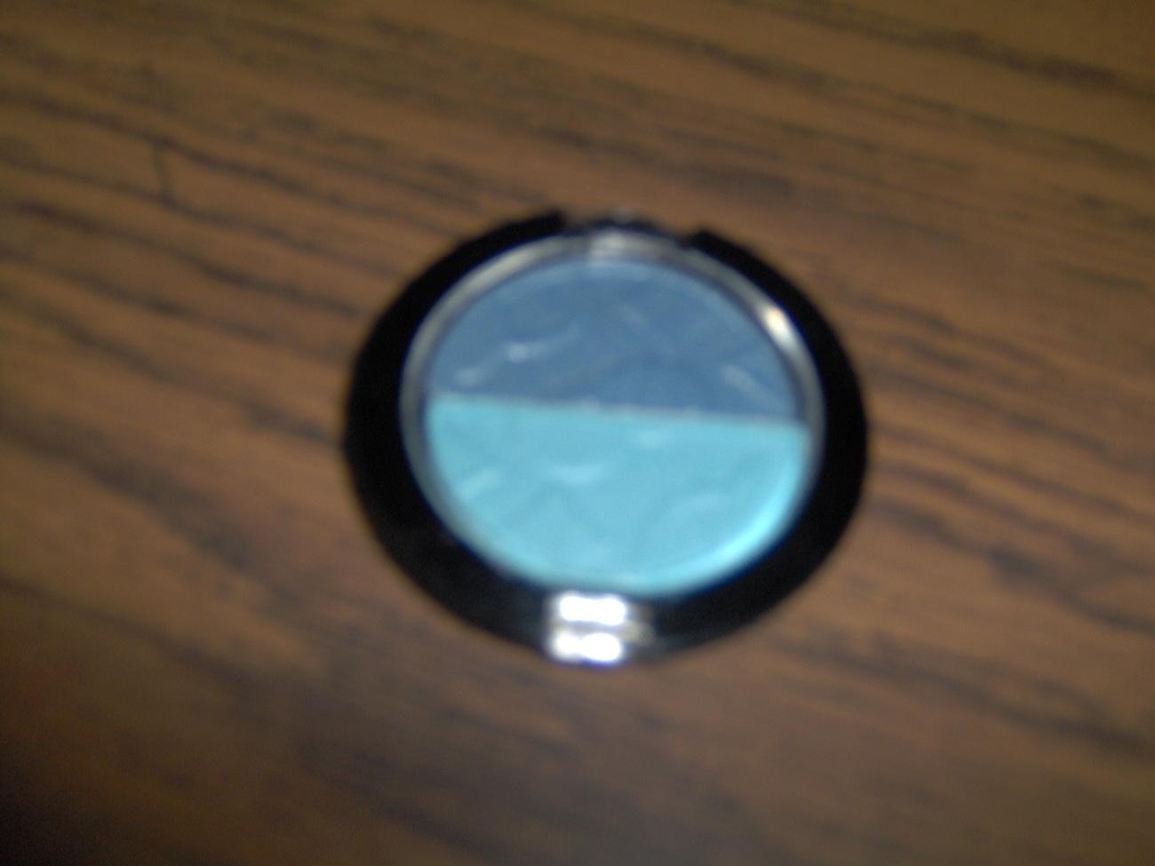 Blue/Light Blue Eyeshadow New Bonanza