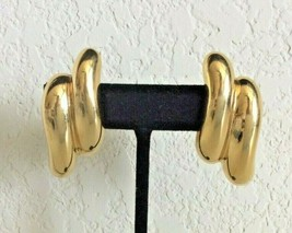 Vintage Napier Gold Tone Screw On Clip On Earrings - $14.84
