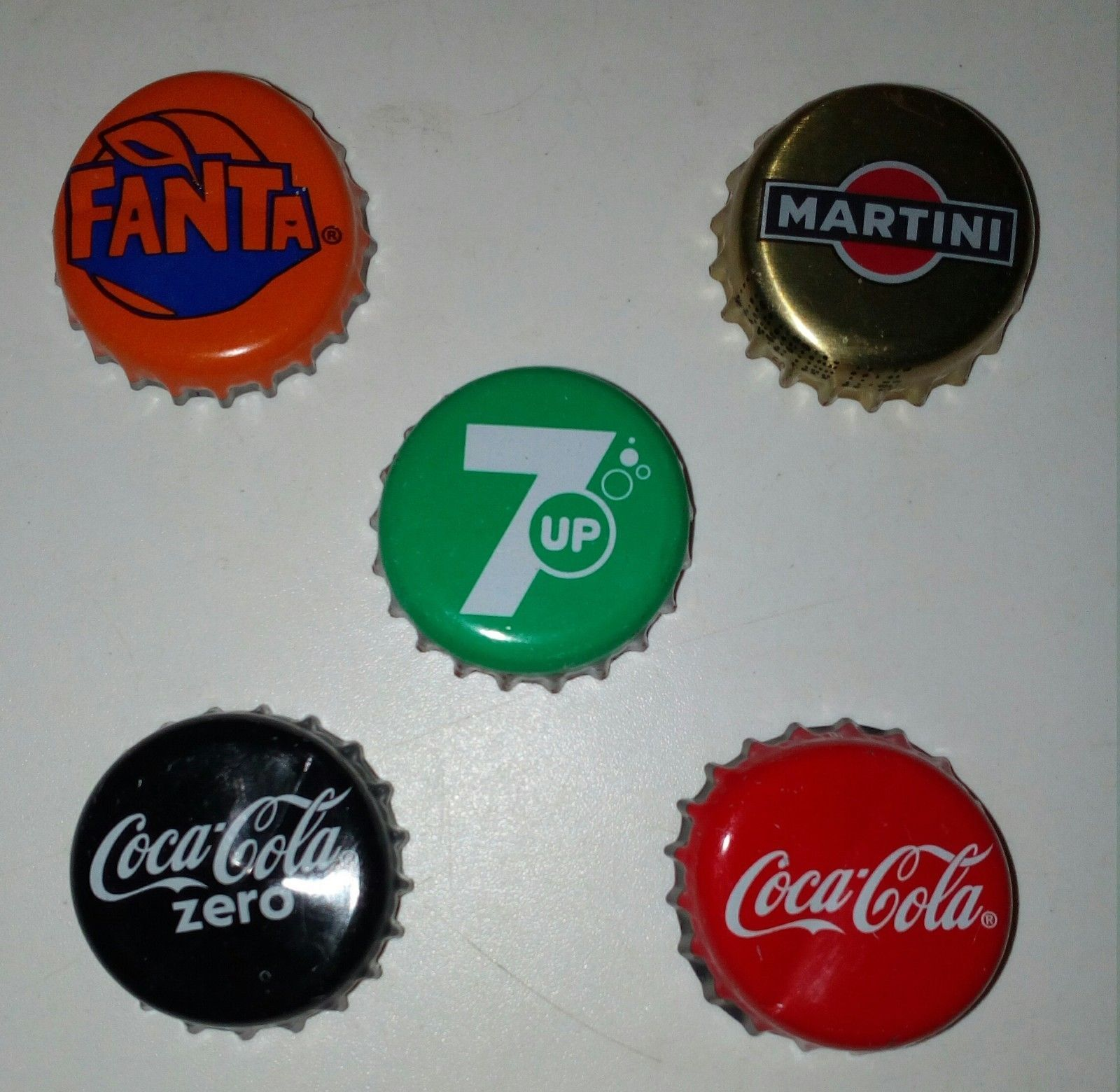 This Buds For You Budweiser Beer Bottle Cap Opener Key chain Man Cave Bar 3