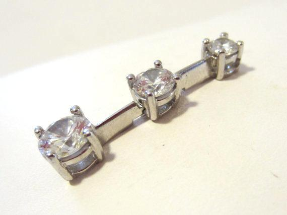 Sterling silver 925 CZ white stone pendant
