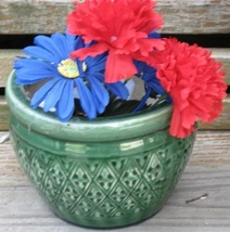 Flower pots 004 thumb200